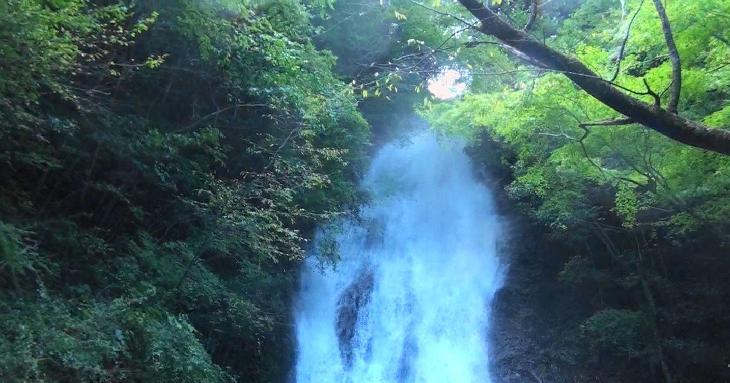 常光寺の滝 上手